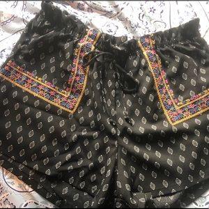Boho tribal print shorts